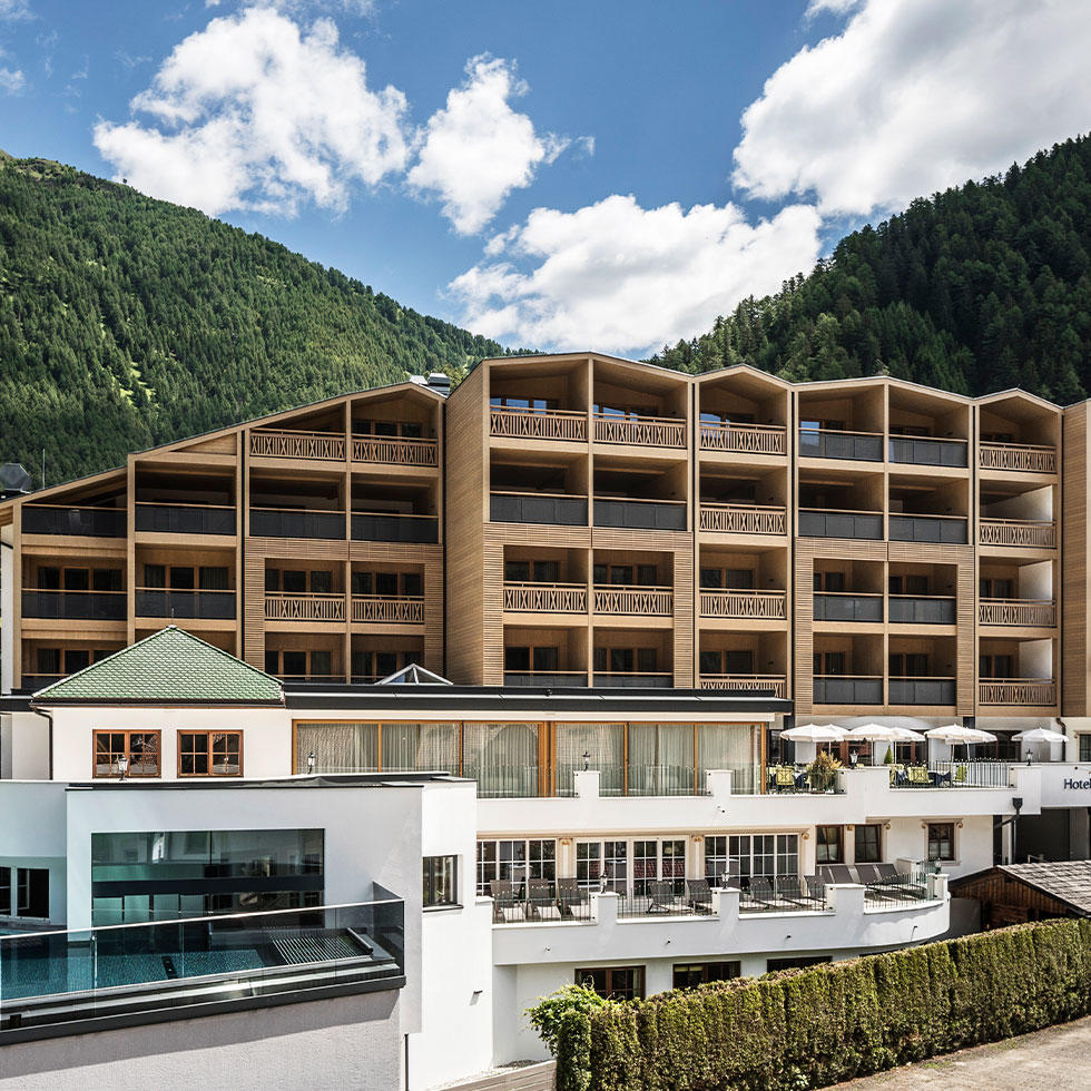 falkensteiner-falkensteinerhof-exterior-5