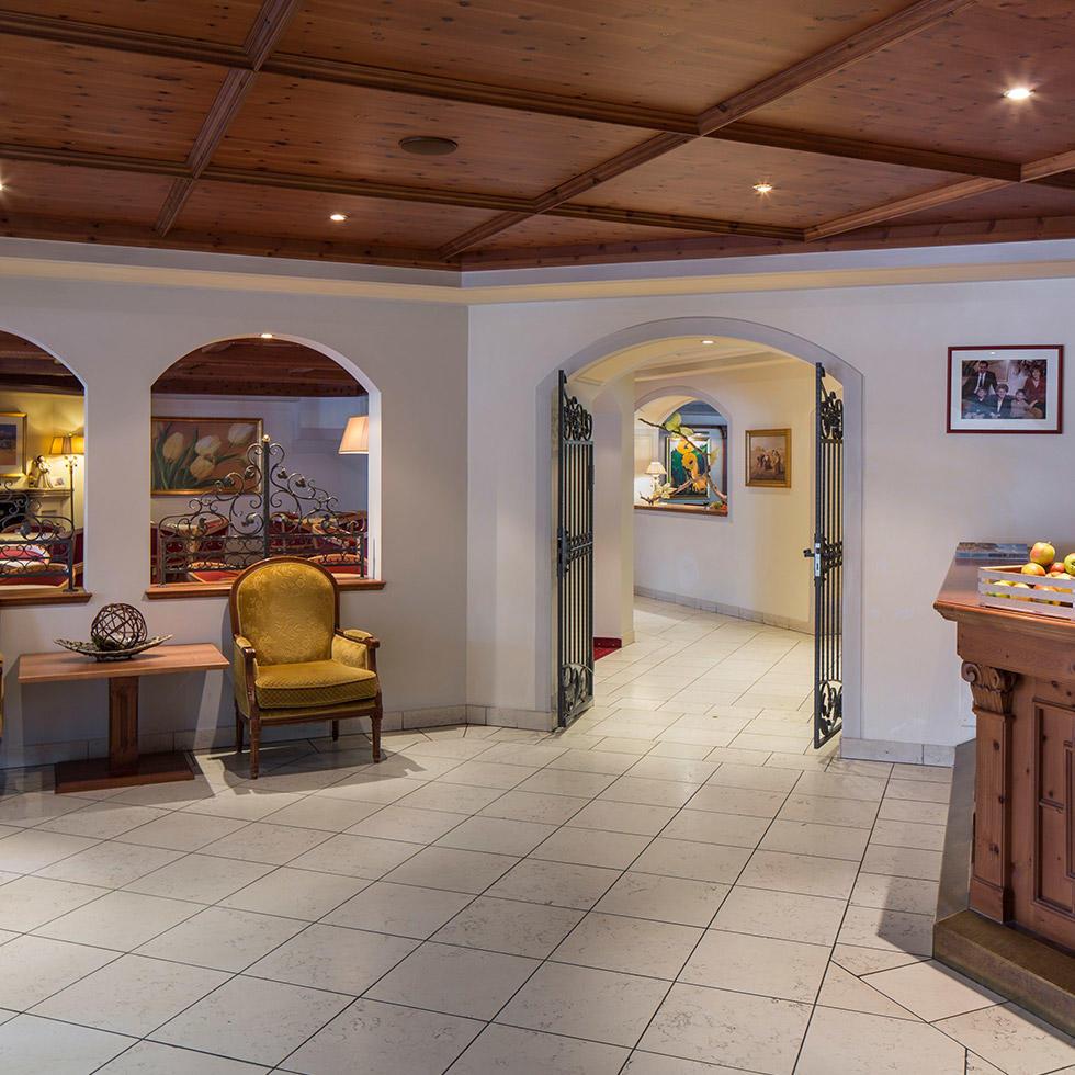 falkensteiner-falkensteinerhof-publicareas-lobby-1