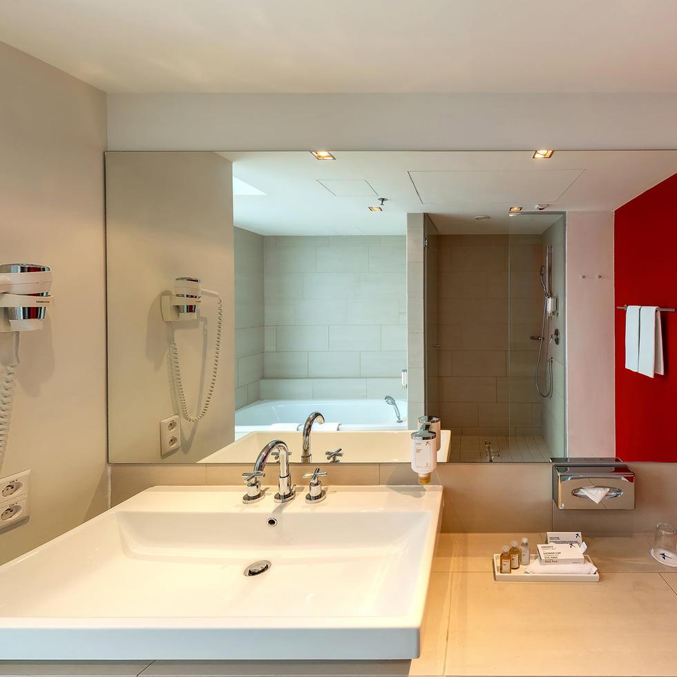 Junior Suite at Falkensteiner Hotel Bratislava