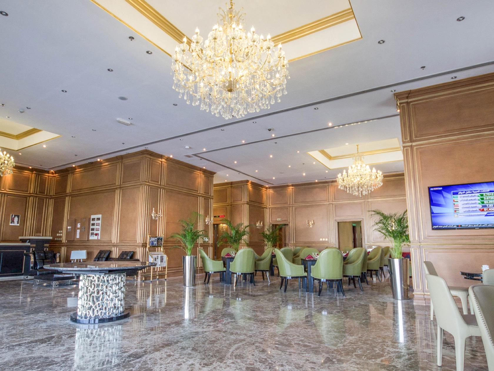 Strato Hotel by Warwick   4-Star Business Hotel in Doha