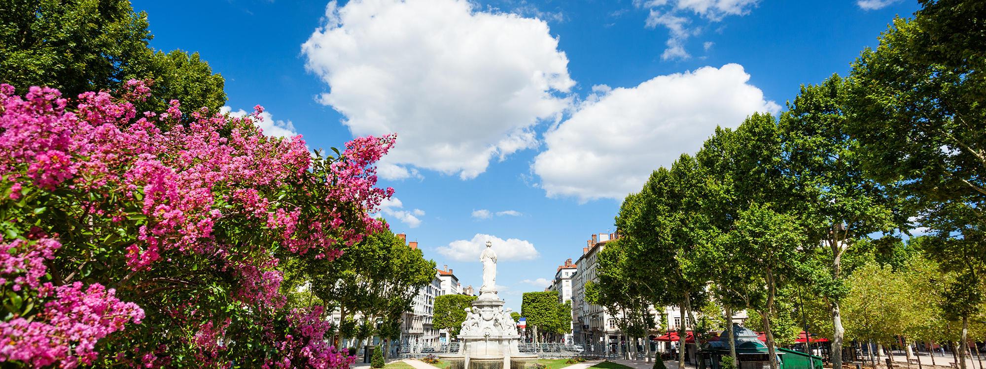 Quartier des Brotteaux Place du Maréchal Lyautey
