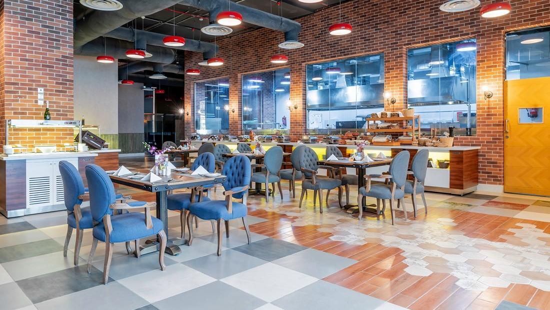 Restaurant and Buffet at Makeen Homes by Warwick