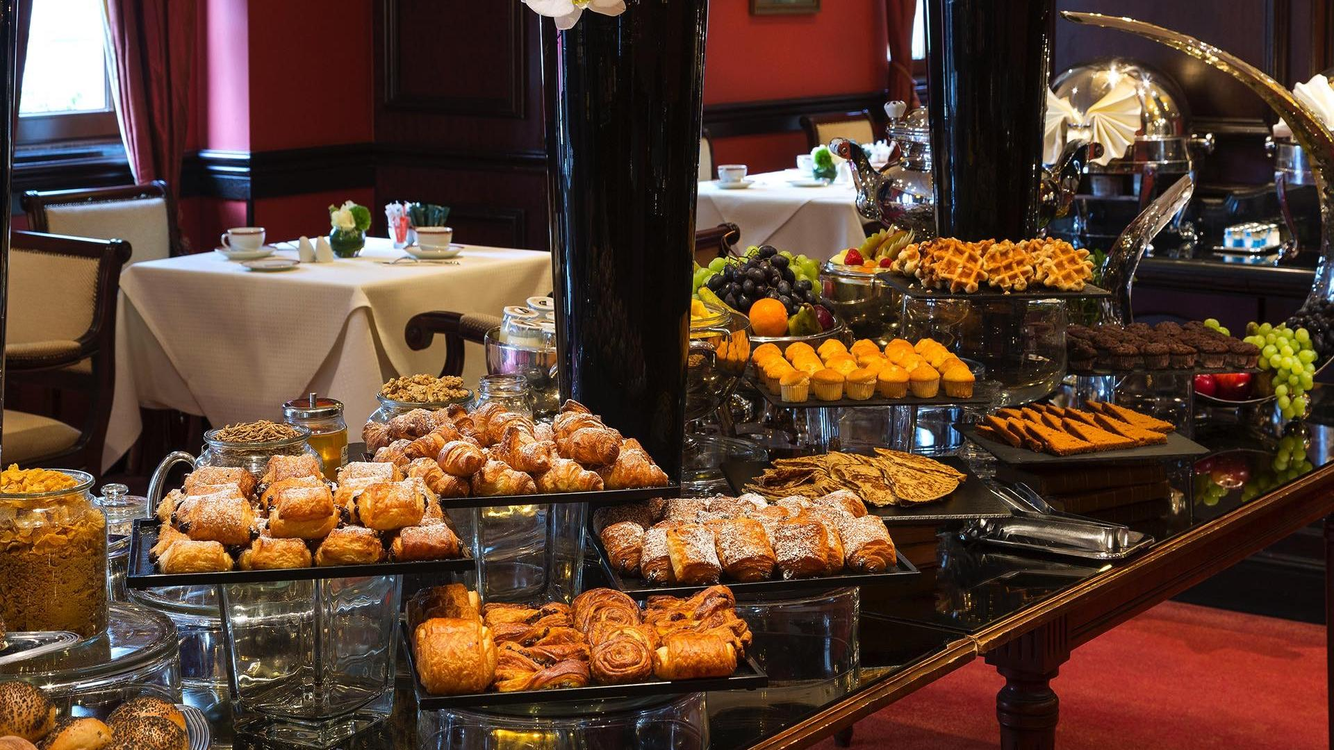Breakfast Buffet Cold at Warwick Brussels
