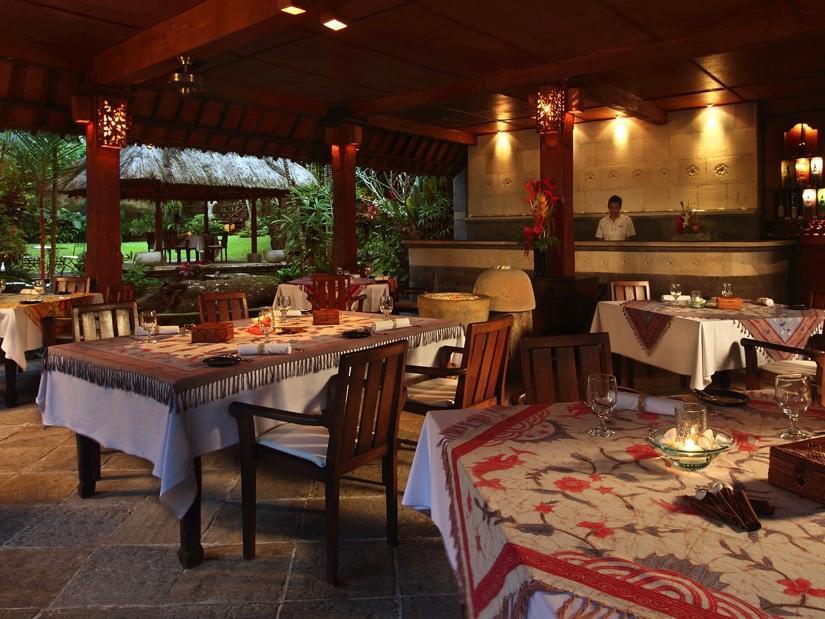 The Garden Restaurant at at Warwick Ibah