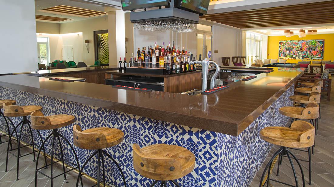 Rum Cay Lobby Bar at Warwick Paradise Island
