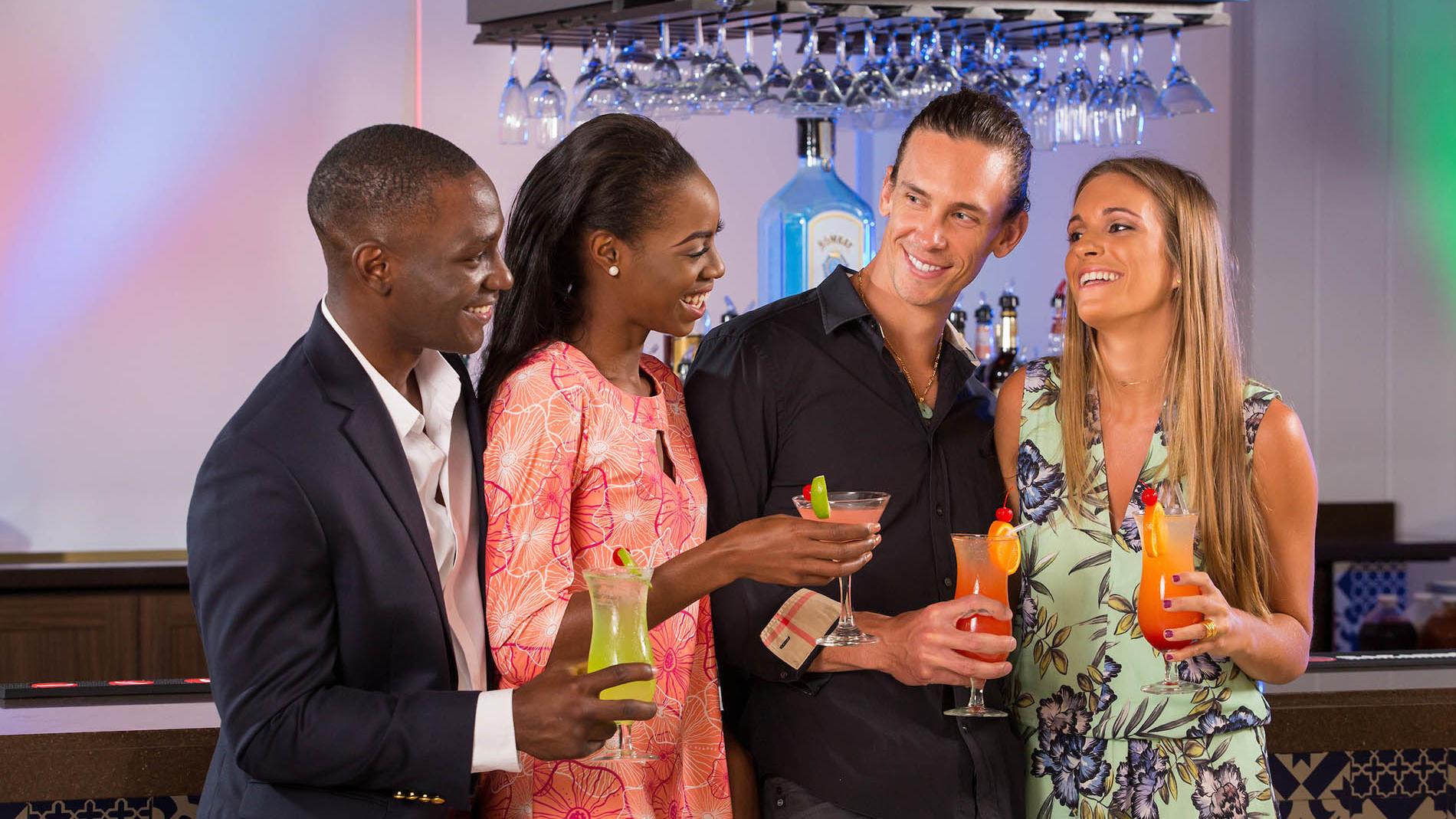 Group at Rum Cay Lobby Bar at Warwick Paradise Island