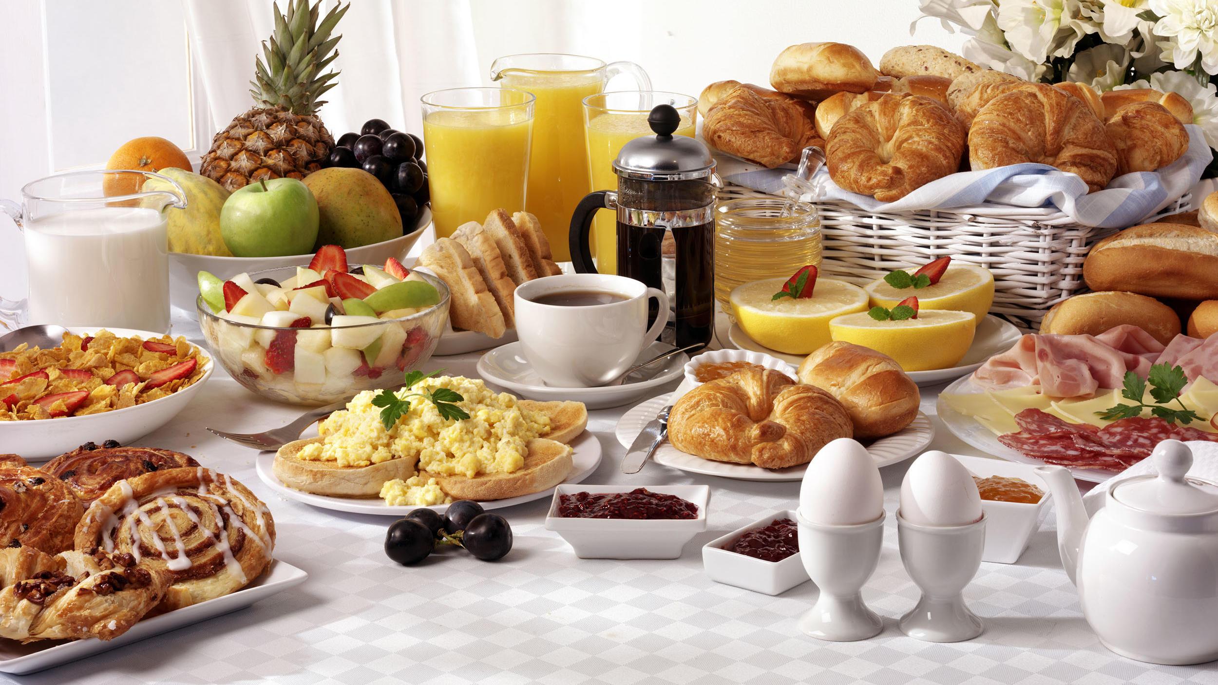 Breakfast On Us Offer at Hôtel Westminster