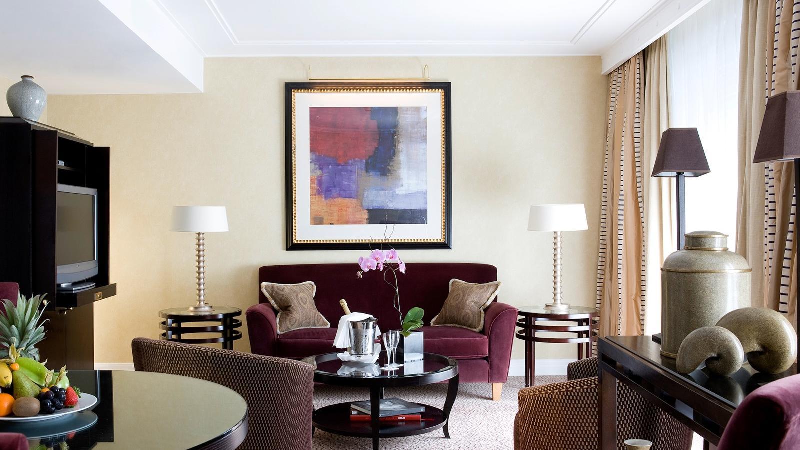 Montaigne Suite Living Room