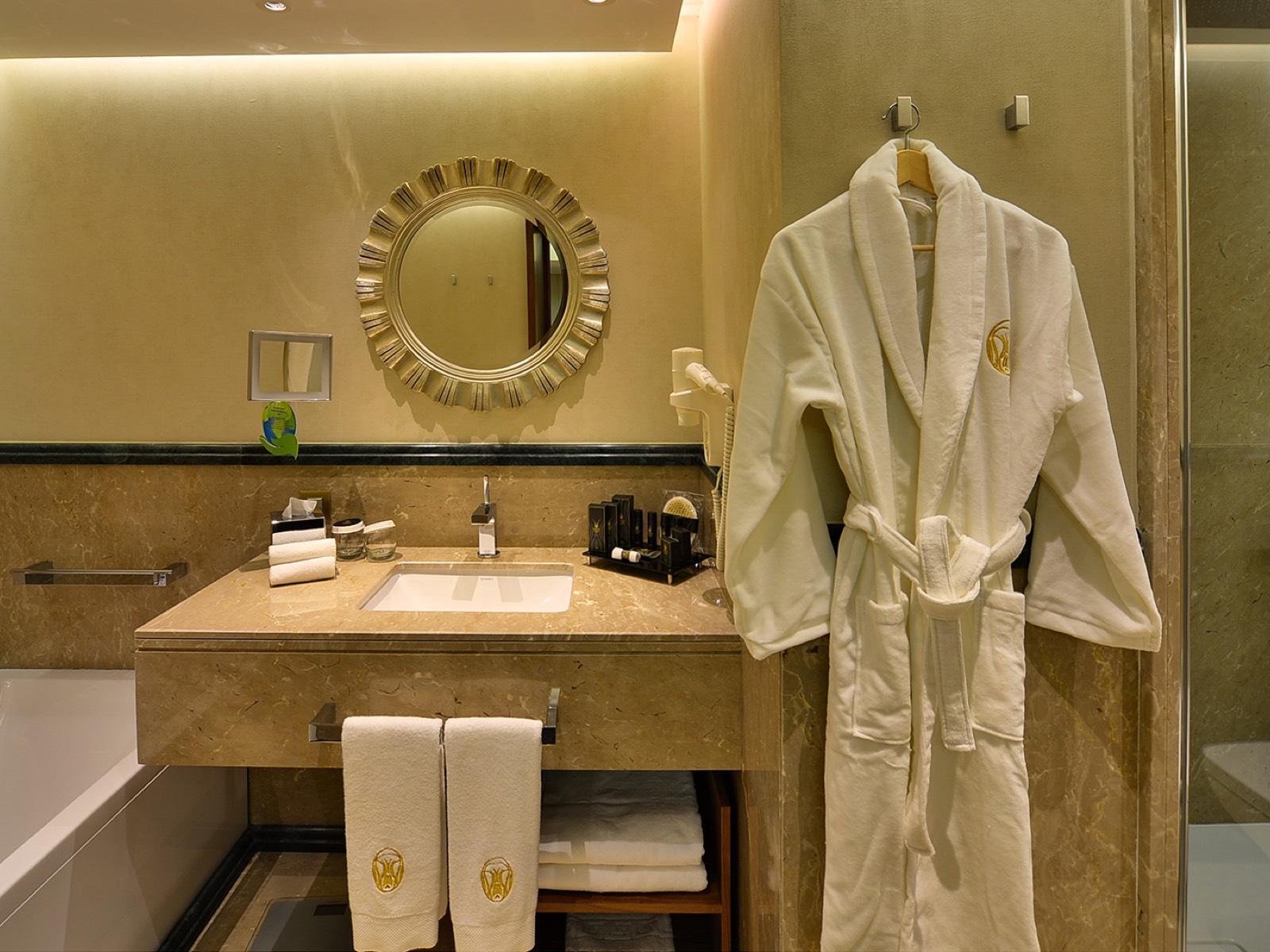 Ankara Suite Bathroom