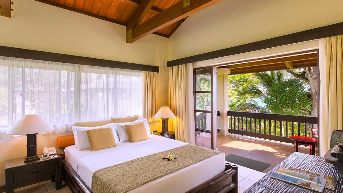 Lagoon Superior Bed at Warwick Le Lagon Vanuatu
