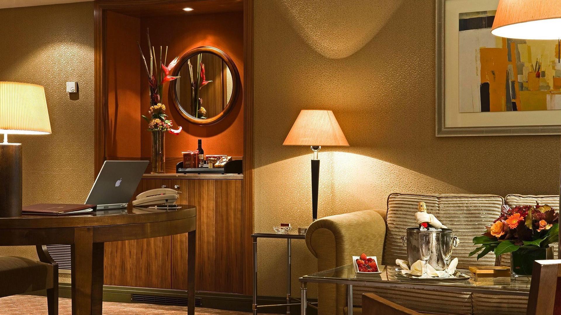 Premium Deluxe Living Room