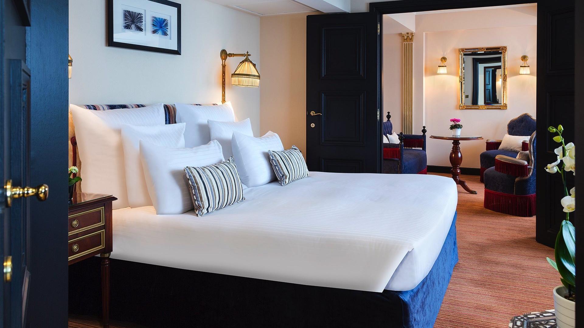 Barsey Suite Bedroom