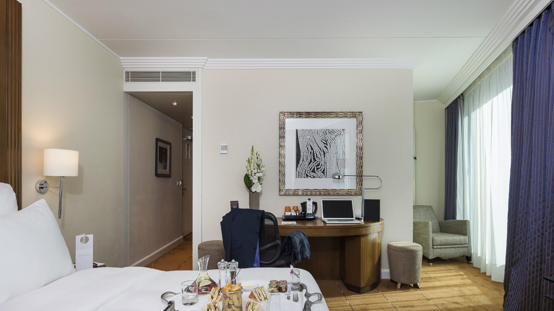 Superior Room with Room Service at Warwick Geneva