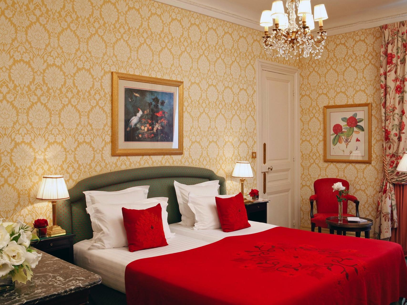 Deluxe Saint Honor Room at Hôtel Westminster