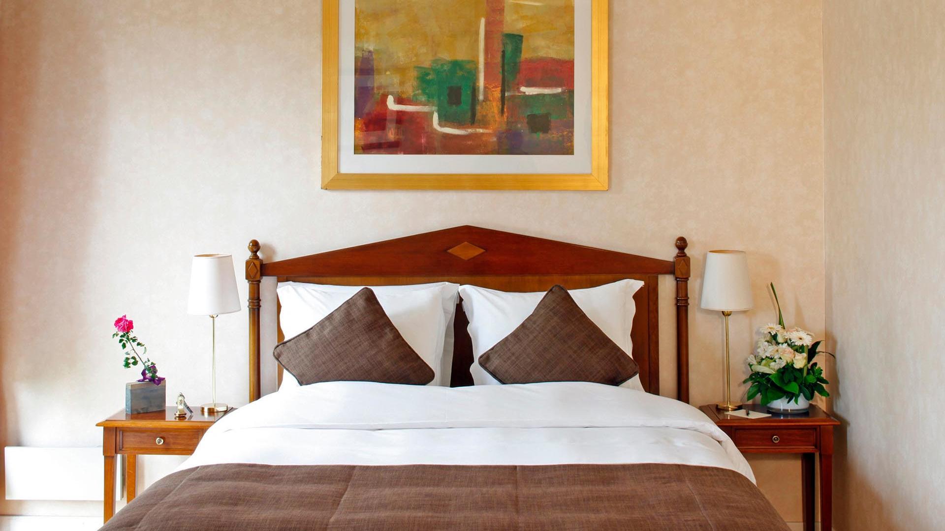 Deluxe Room offer details