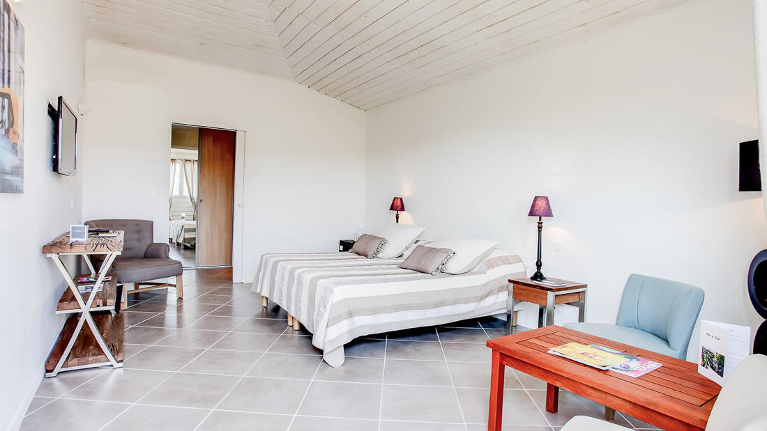 Junior Suite from Angle at Roc e Fiori Hotel