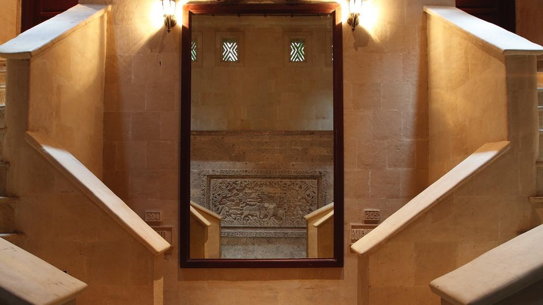 Treetop Suite Stairs at Warwick Ibah