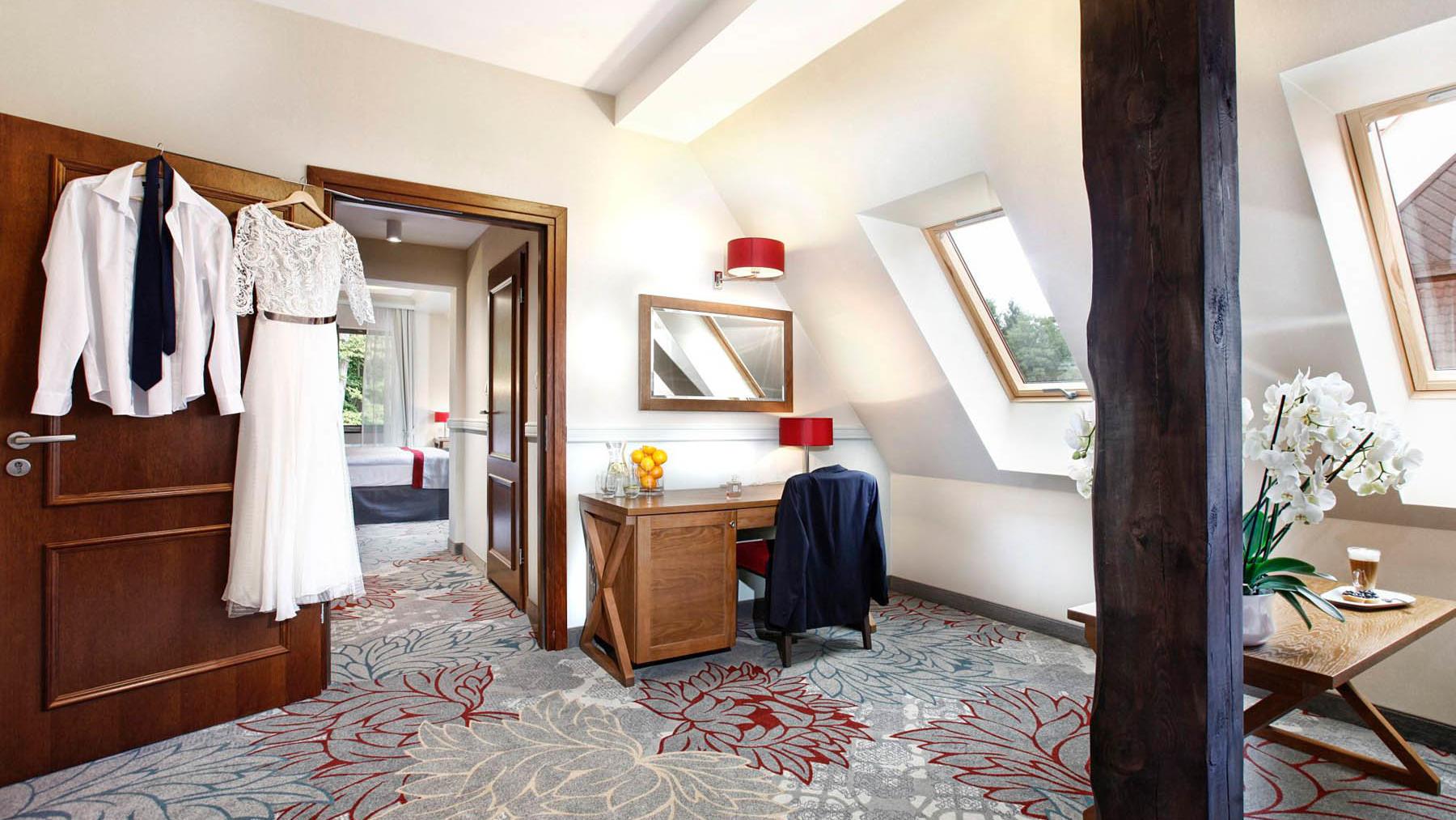 Onebedroom suite wedding day Hotel Aubrecht