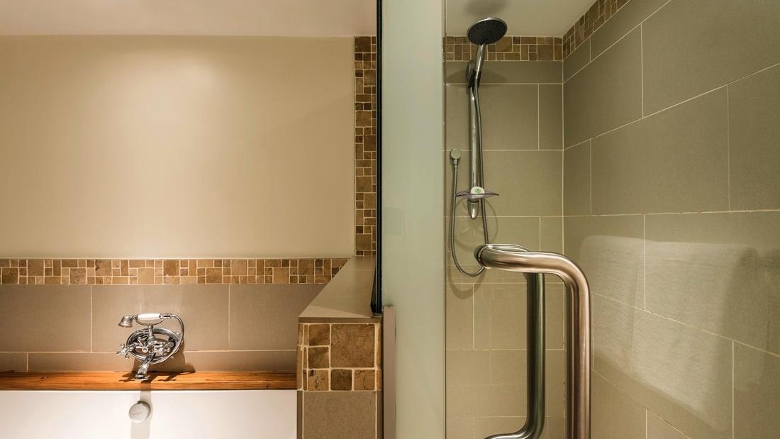 Suite Shower at Warwick Fiji