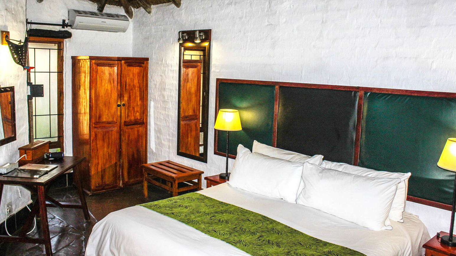 Super Deluxe Room at Kedar Heritage Lodge by Warwick