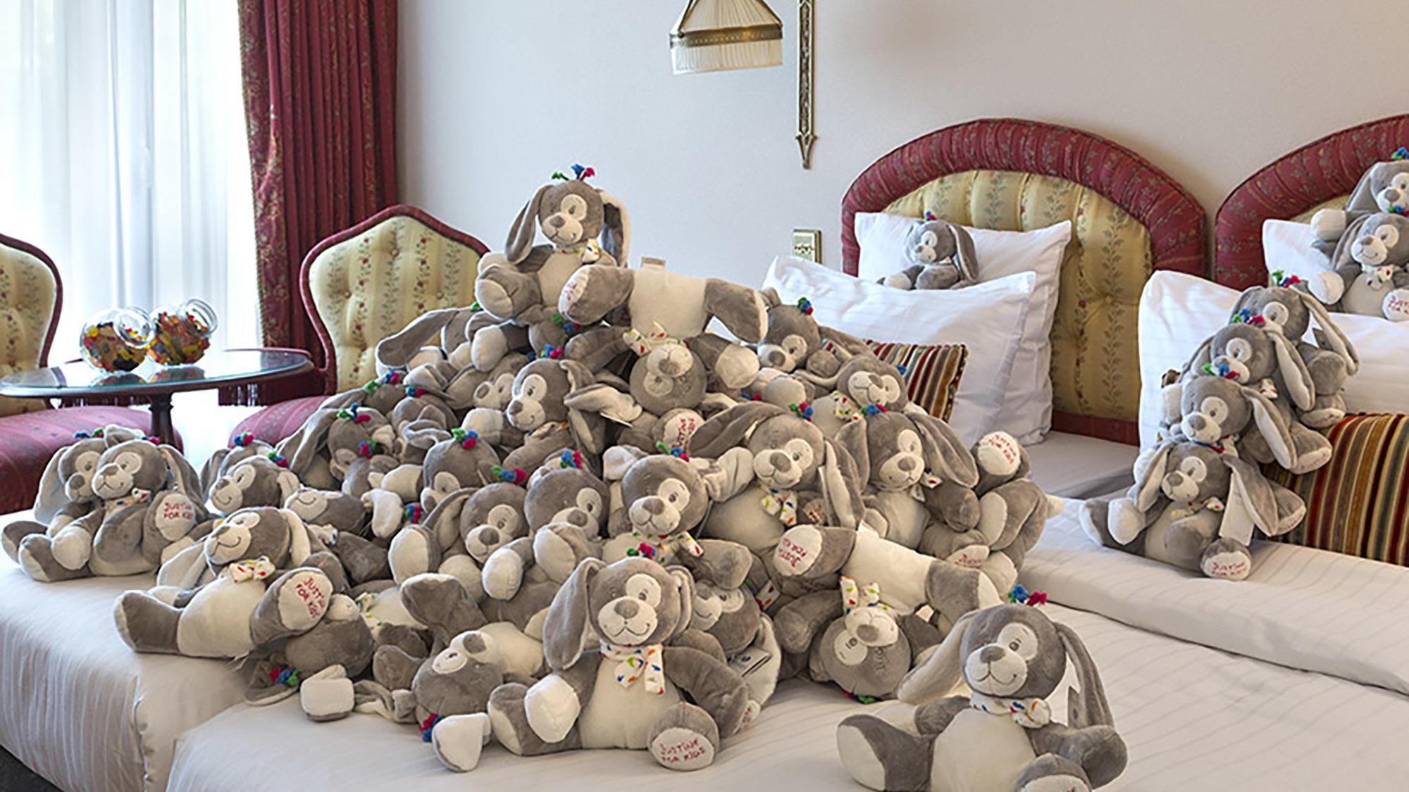 Family room teddy bears