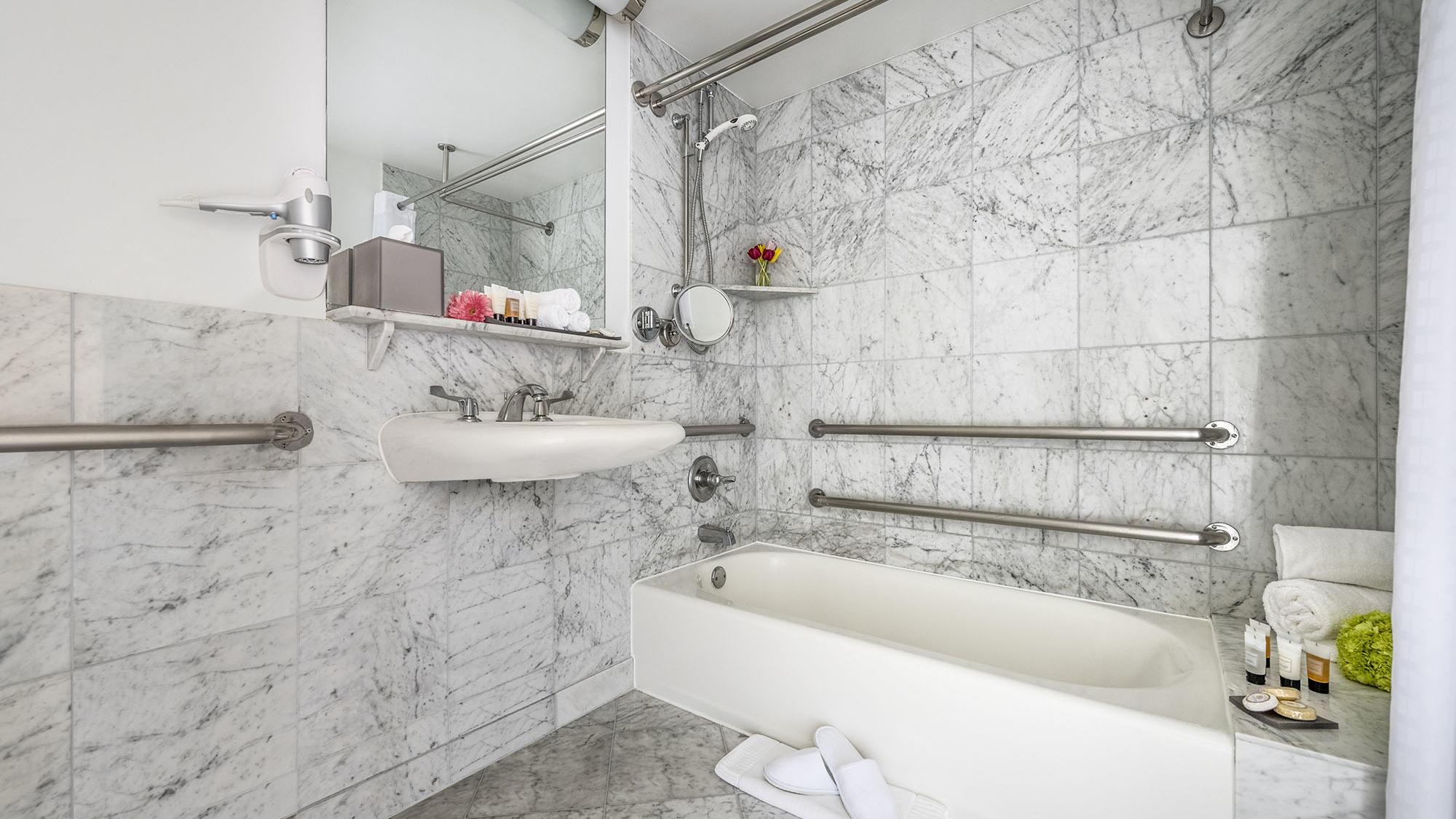 ADA Room - Bathtub