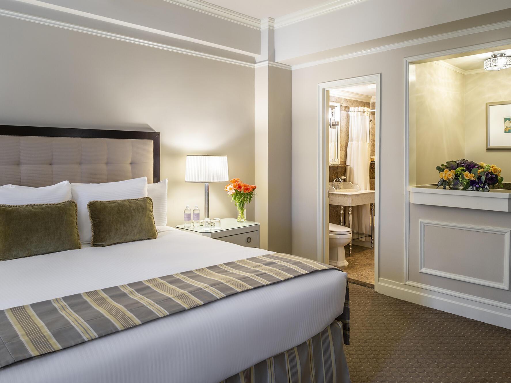 Junior Suite Warwick New York Hotel