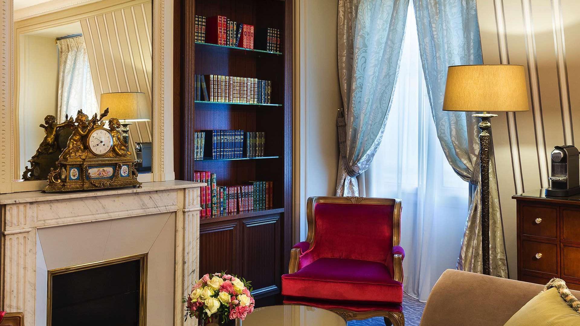 Suite _ Signature Suite Living Room