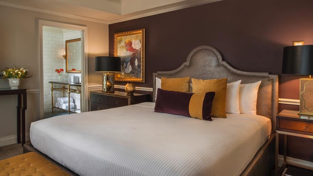 Signature Suite Follies Bedroom