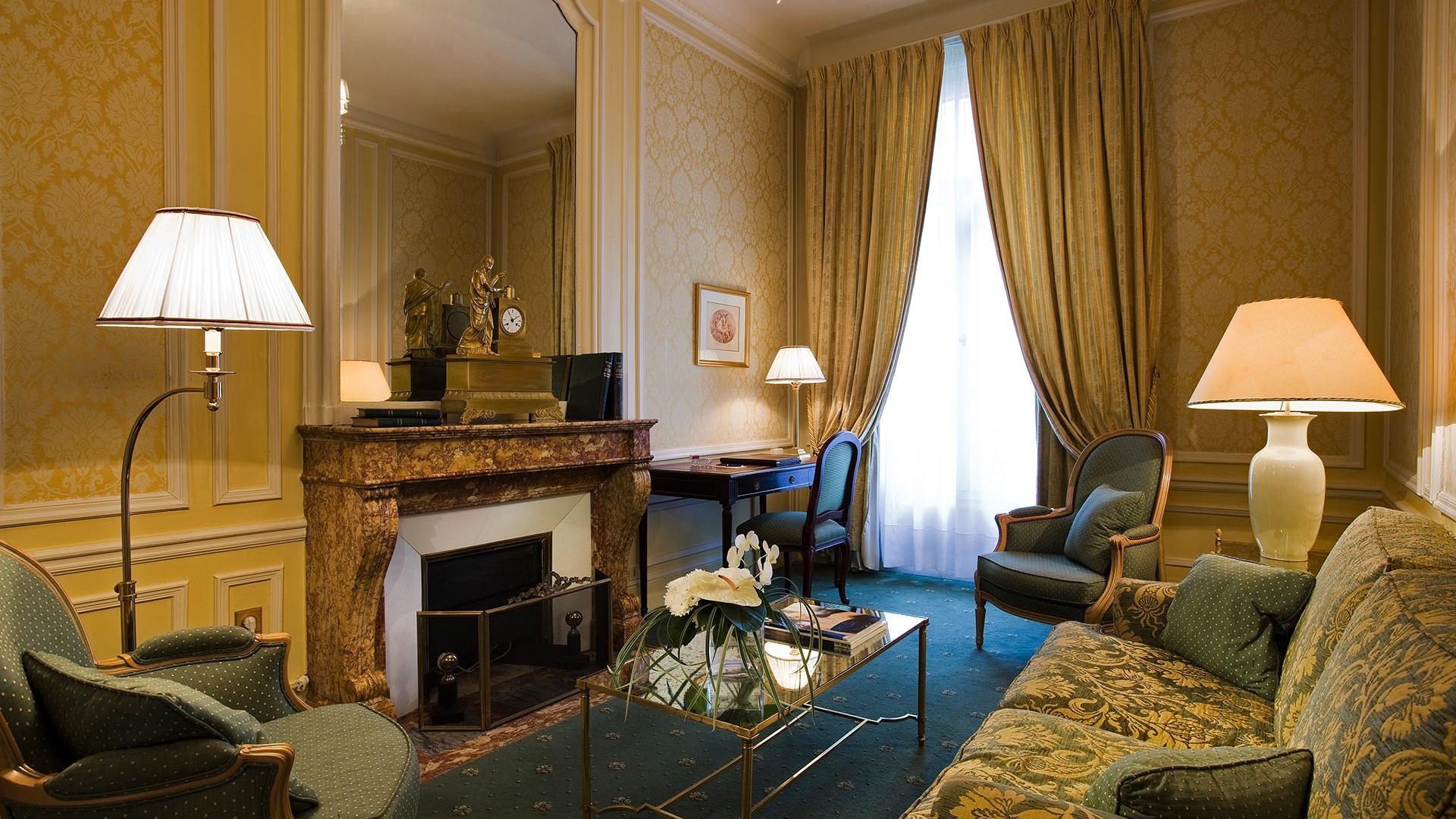 Suite_ Two-Bedrooms Saint-Honor+® Living Room