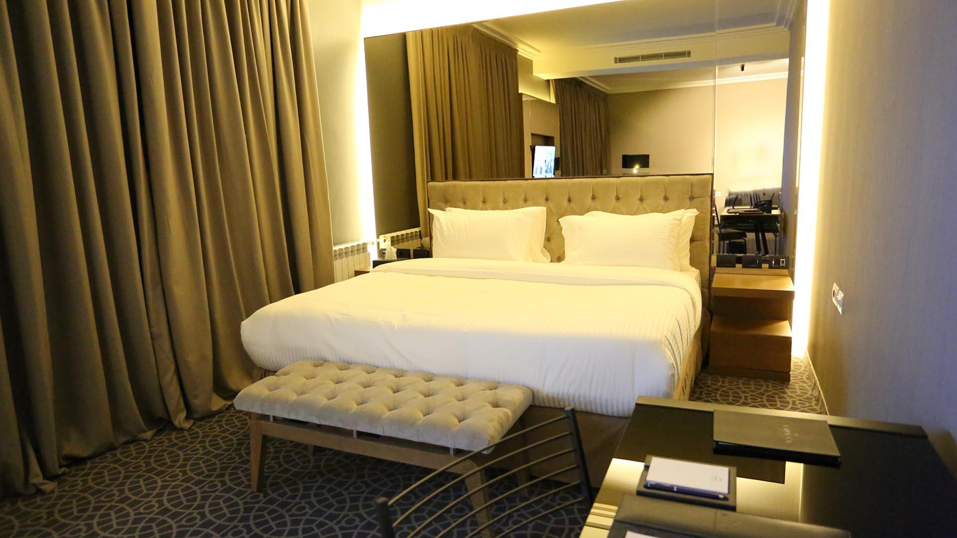 Deluxe Suite at Mist Hotel and Spa