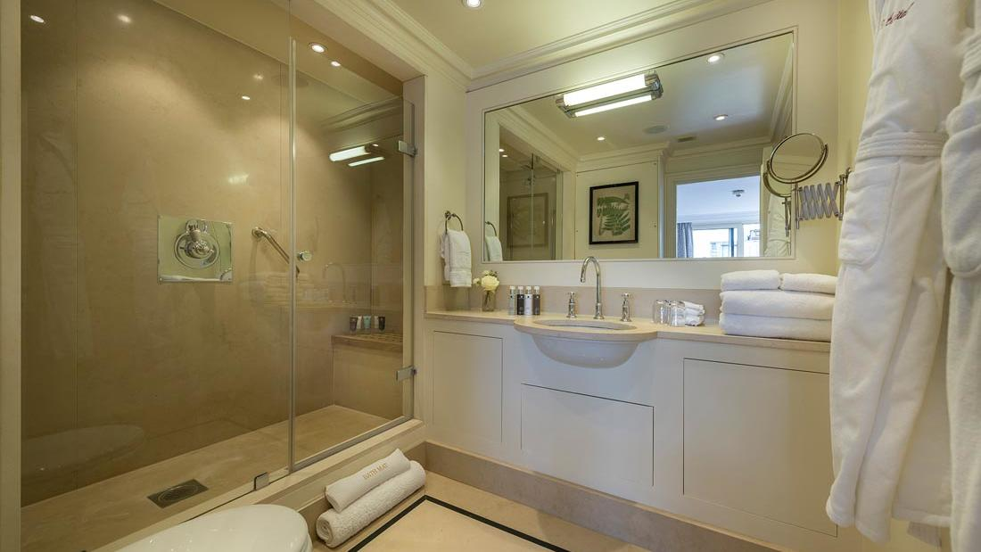 Penthouse Master Bathroom at The Capital by Warwick