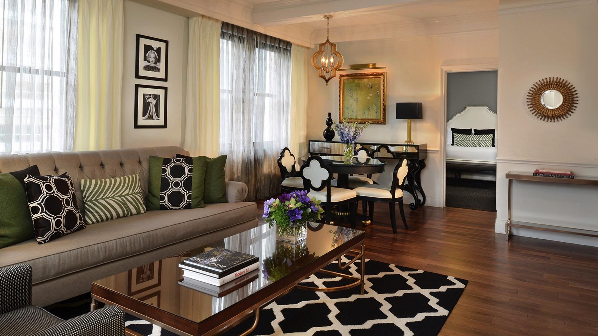 Signature Suite Marion Living Room