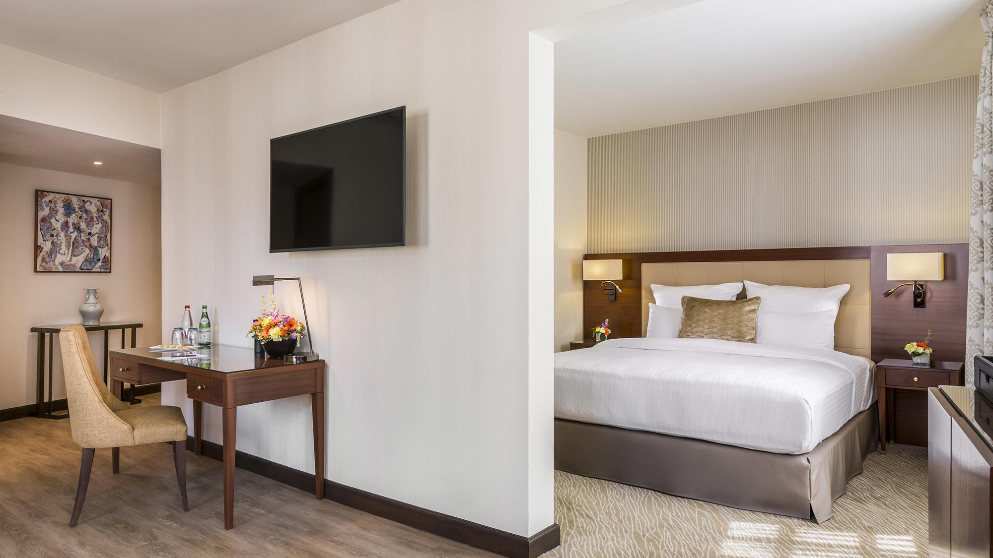 Junior Suite Privilege View Bedroom