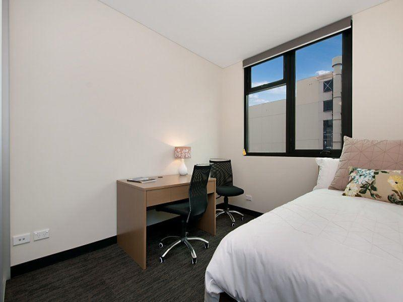 Student Living Edge Apartments_Adelaide Serviced Apartments – East End bedroom