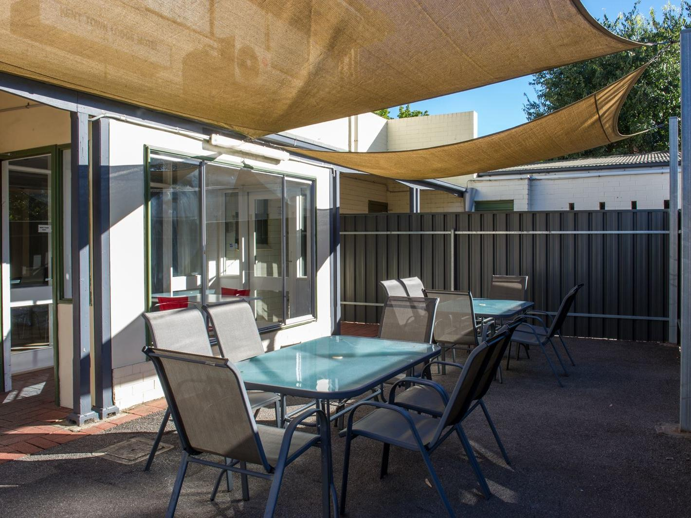 Student Living – Kent Town Adelaide_Student Housing Adelaide with outside entertaining areas
