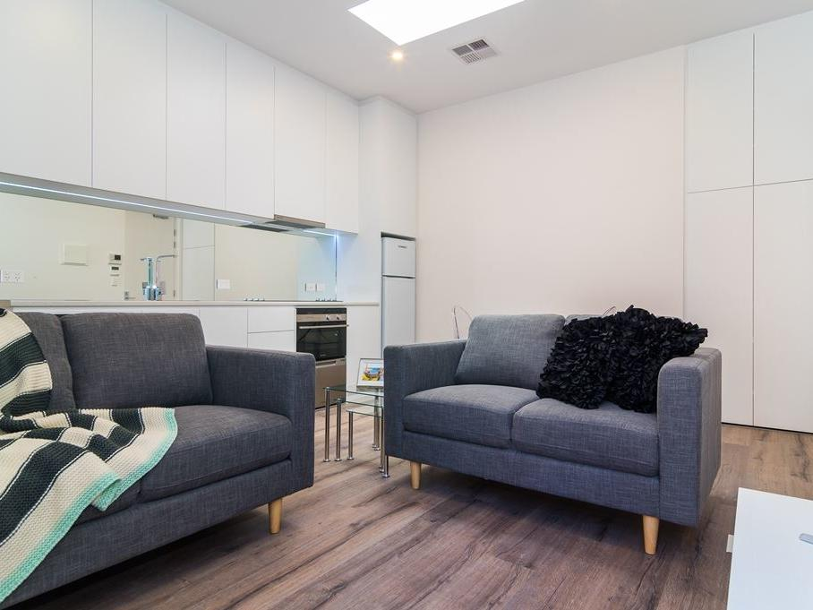 Student Living Thomas House Adelaide_Lounge with Sofas