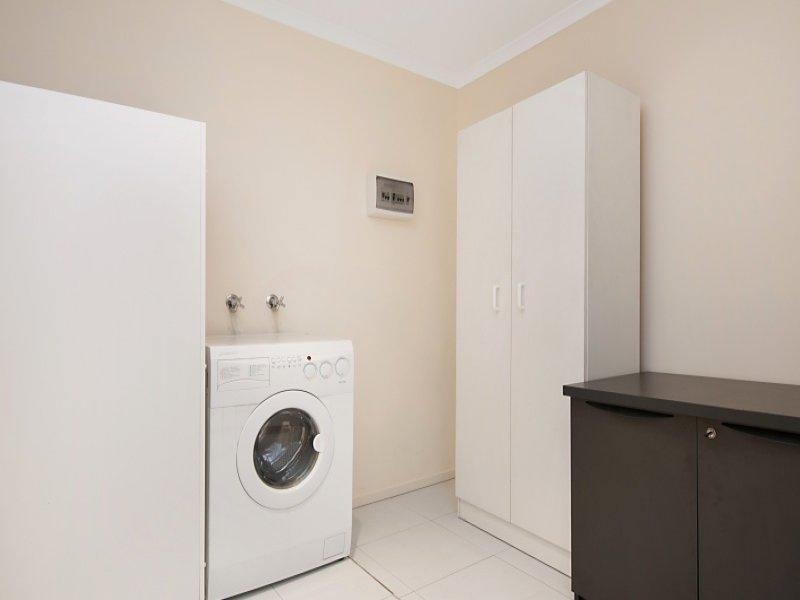 Adelaide Tower Apartments with Laundry