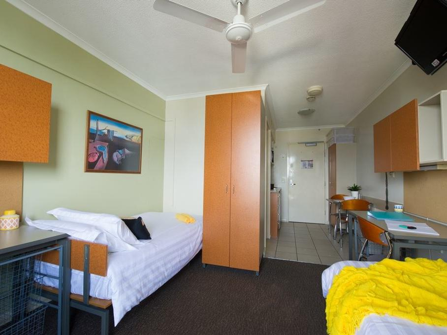 Shafston_Studio Twin Apartment