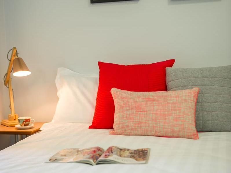On Margaret _Corner deluxe double bed