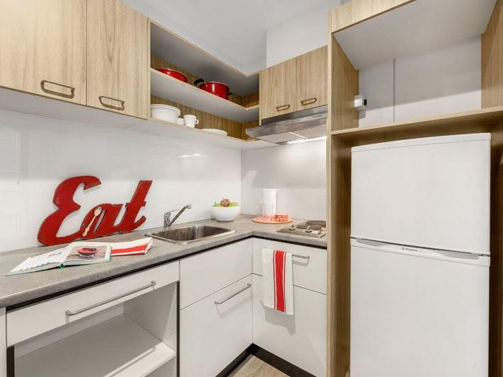UniLodge South Bank_Studio Kitchen