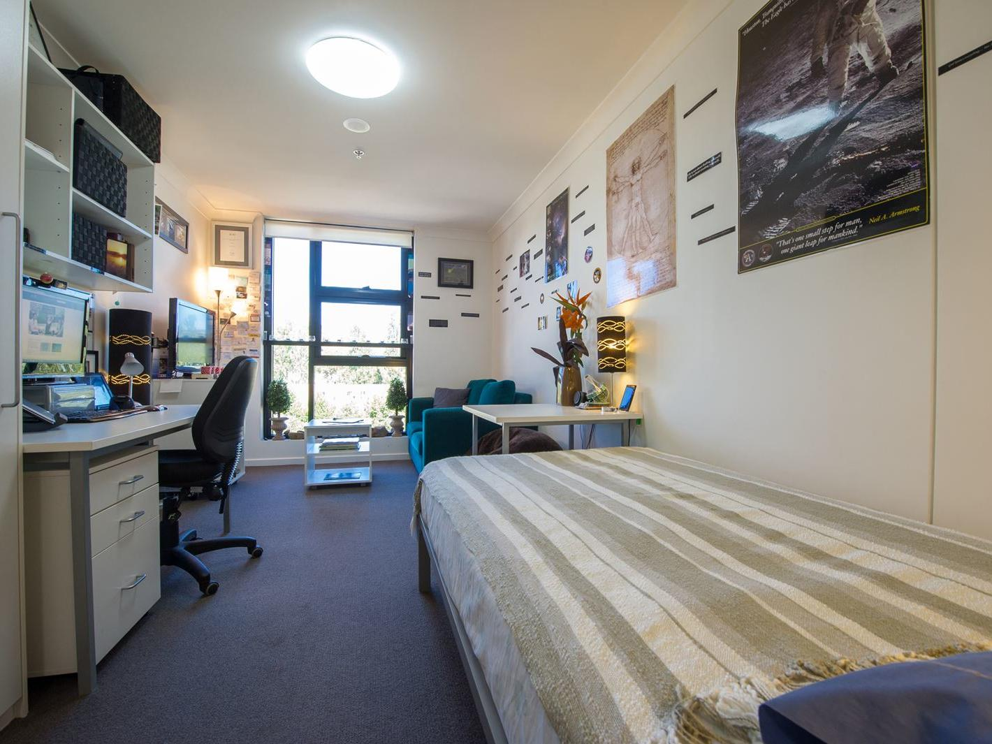 UniLodge @ ANU – Lena Karmel Lodge_Studio Long ANU Campus Accommodation