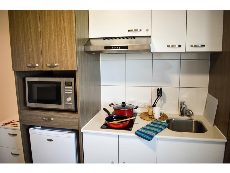 Darwin Studio Premium Deluxe_Kitchen