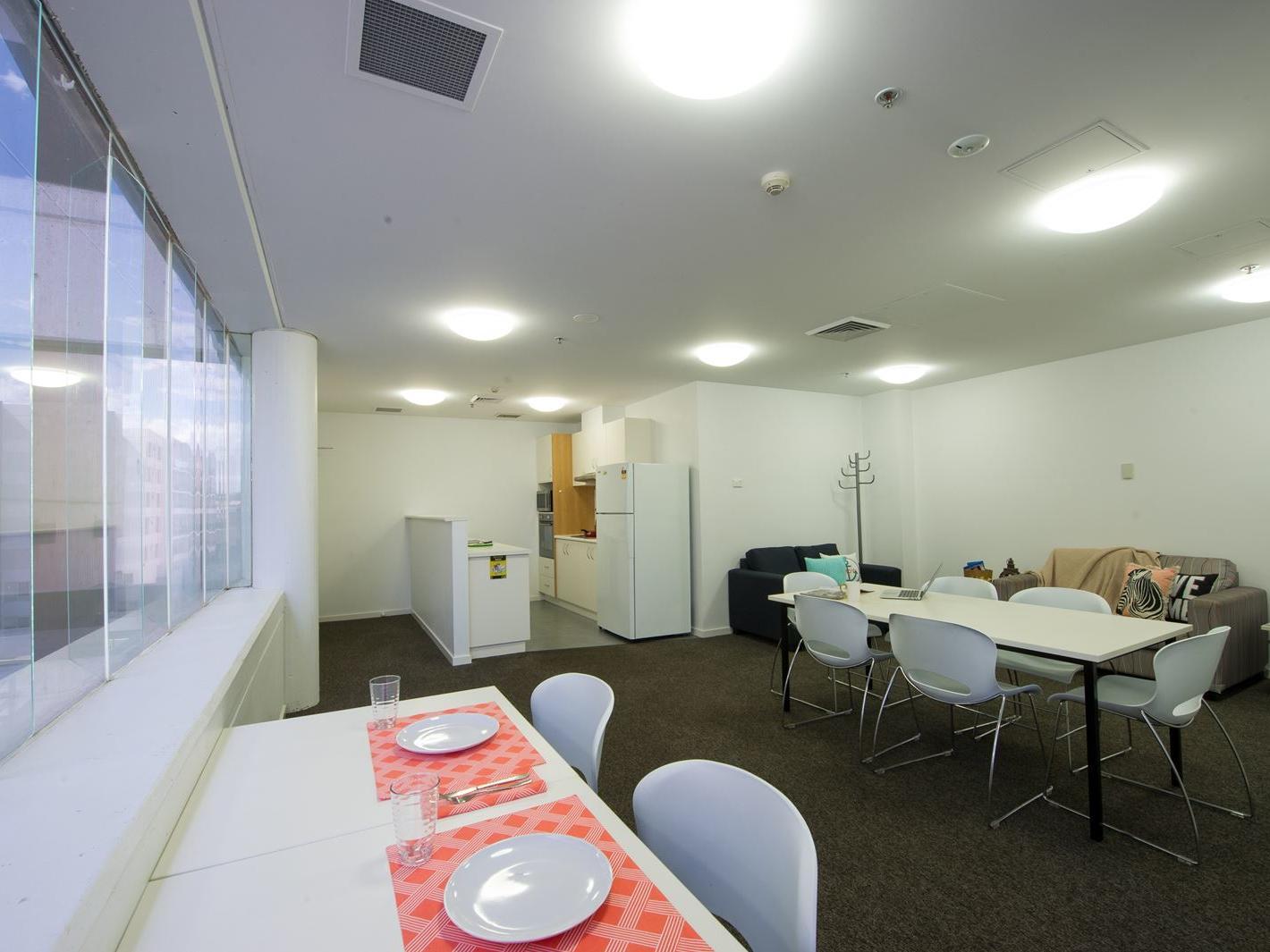 3 & 4 Bedroom Multi-share Apartment
