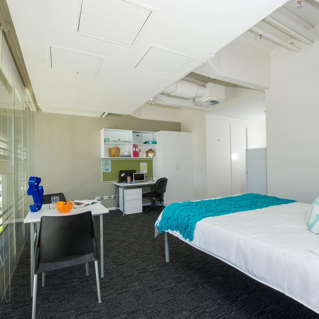 Furnished Studio Apartments: UniLodge Weeden Lodge Belconnen