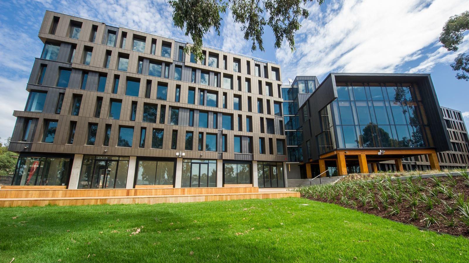 UniLodge @ RMIT Bundoora Building Exterior