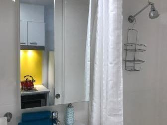 Studio - Twin Share bathroom