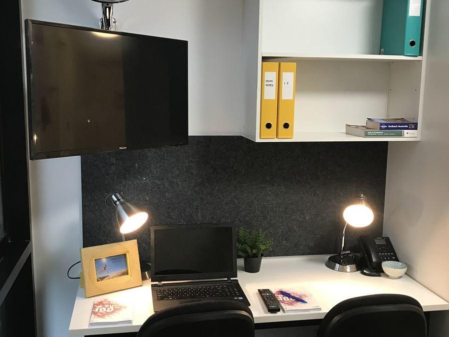 Studio - Twin Share Study