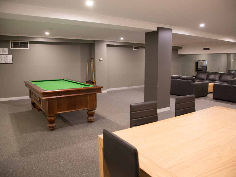 UniLodge on Flinders_Common Area with Pool Table