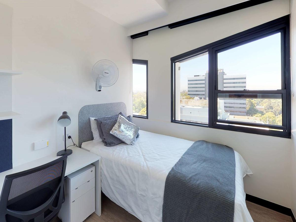 303-royal-parade-studio-twin-bedroom-wide